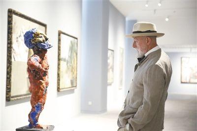 吕佩尔茨:绘画是手艺 画布是战场
